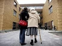 ondersteuning bij ouderen waar nodig.